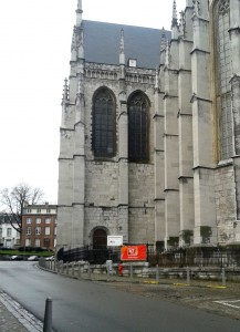 04.Eglise Saint Martin en venant de Liège [1280x768]